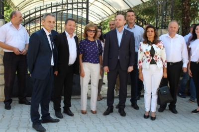 Zëvendësministri Pavleski në Makedonski Brod: Rrugë të reja lokale dhe ujësjellës në shtatë fshatra