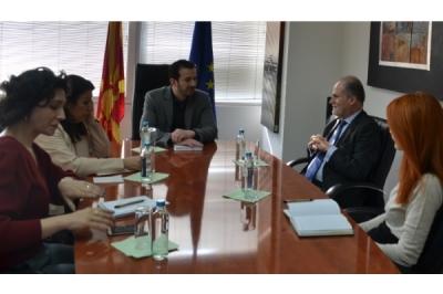 Ministri Fazliu takoi ambasadorin e Spanjës Emilio Lorenzo Serra
