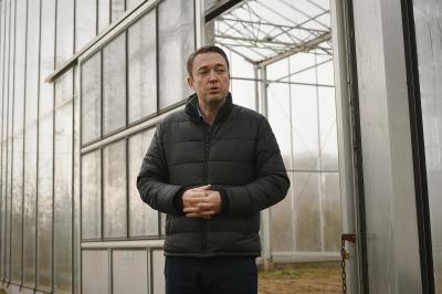 Милевски: Стакленик и метеоролошка станица во Полошкиот регион за подобрување на земјоделското производство