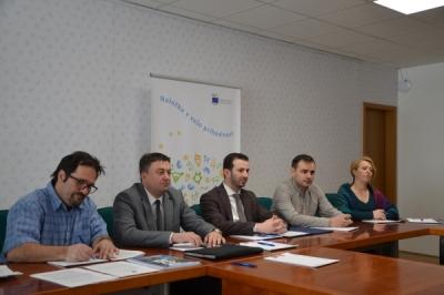Ministri i Vetëqeverisjes Lokale Suhejl Fazliu në takim me ministren për zhvillim dhe politikë të kohezionit evropian të Sllovenisë Alenka Smerkoll