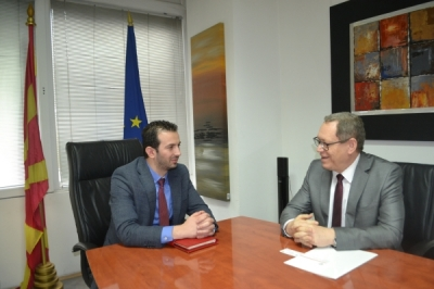 Ministri për vetëqeverisje lokale Suhejl Fazliu u takua me ambasadorin e Polonisë Vojcieh Ticinjski