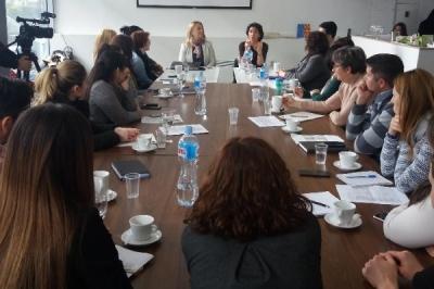 U mbajtë sesion informativ për Programin e ri ndërkufitarë Maqedoni-Serbi