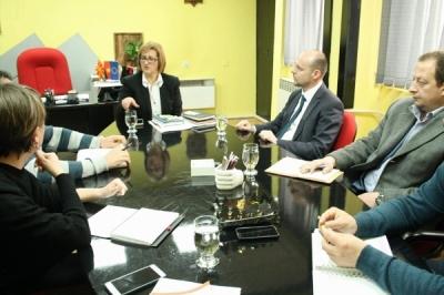 Заменик министерот Павлески со градоначалниците на Македонска Каменица и на Пехчево