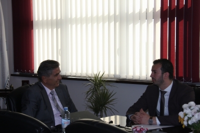 Министерот Фазлиу го посети Универзитетот на Југоисточна Европа во Тетово