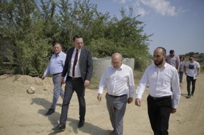 Министерот за локална самоуправа Милевски во теренска посета на индустриската зона Мамутчево во Велес