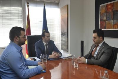 Министерот Фазлиу се сретна со градоначалникот на Желино, Сејдиу