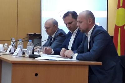 Zëvendësministri i vetëqeverisjes lokale Pavleski në tribunë në Veles: Mobiliteti  urban dhe zgjidhjet e trafikut në komunë