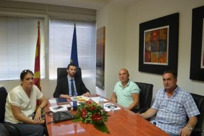 Takim i ministrit Fazliu me Kryetarin e Këshillit Rajonal të Sindikatës- SASHK  në Tetovë