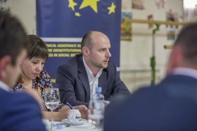 Заменик министерот за локална самоуправа, Дејан Павлески, денес во Специјалниот завод - Демир Капија