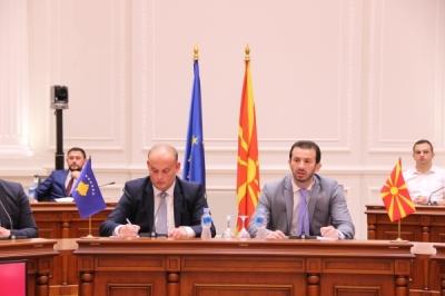 Министерот за локална самоуправа Сухејл Фазлиу прими делегација на косовскиот Институт за локална самоуправа