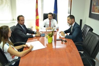 Министерот Фазлиу се сретна со италијанскиот амбасадор Карло Ромео